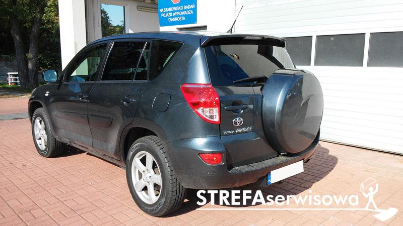 4 Toyota RAV4 III Tył 35%