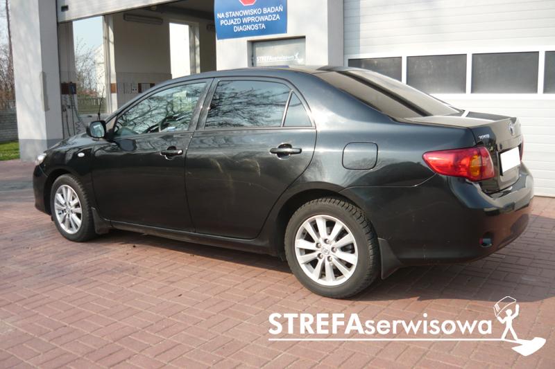 7 Toyota Corolla sedan Tył 20%