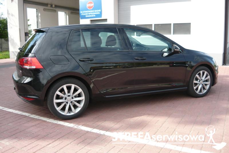 7 VW Golf VII hatchback 5d Tył 35%